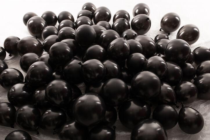 黒色のオーブ 色 意味