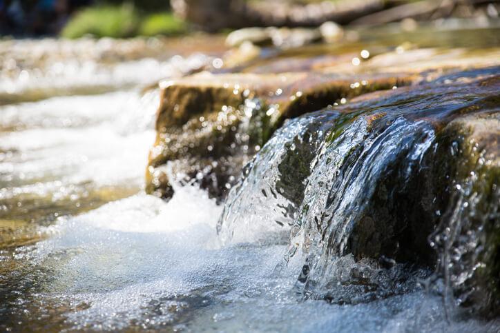 流水 水 浄化
