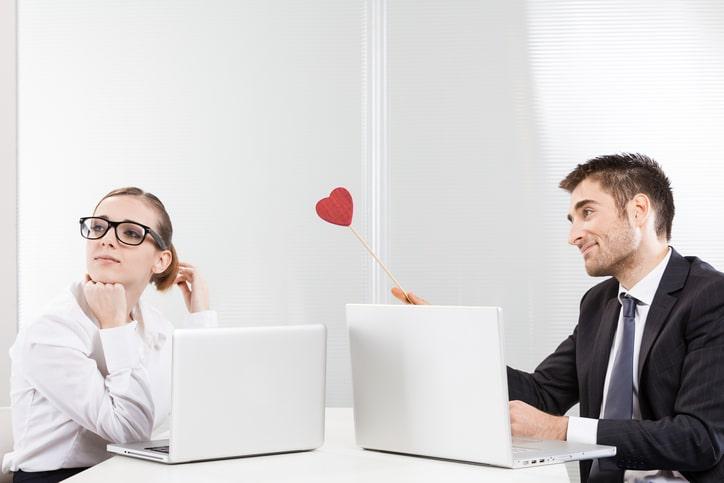 社内恋愛 職場恋愛 復縁 きっかけ 方法