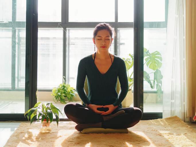 瞑想 簡単 マインドフルネス