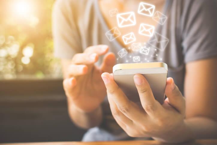 メール占い メール 返信 書き方