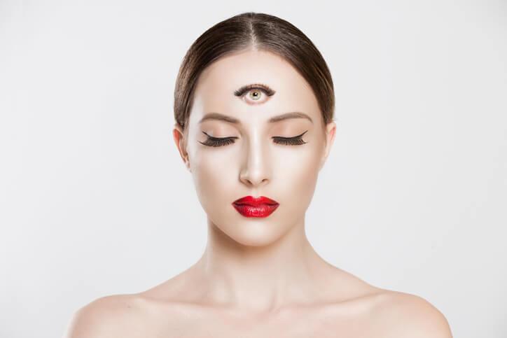 第三の目 開く 見る 霊感 透視 おすすめ 口コミ