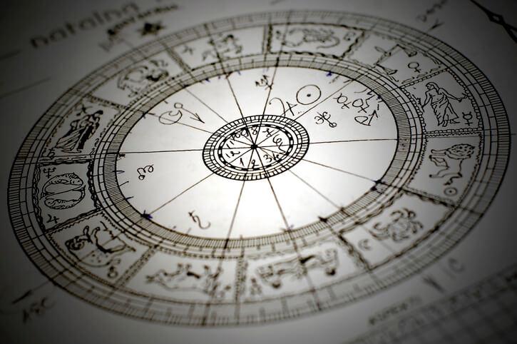 西洋占星術 占い 占術 人気 ホロスコープ