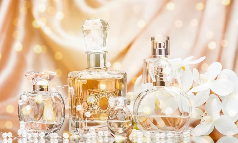 香水 運気 開運 運勢 占い 効果 香り 一覧